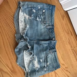 American eagle ripped blue jean shorts